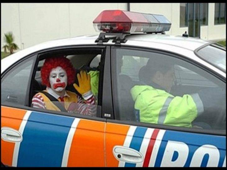 arrestado payaso