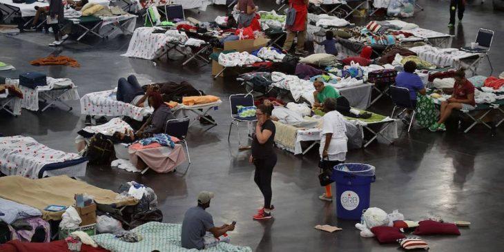 Damnificados por el huracán Harvey