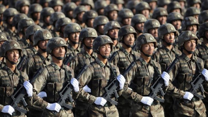 Ejército chino en desfile