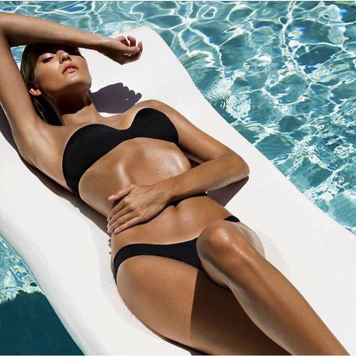 Kate Grigorieva en la piscina