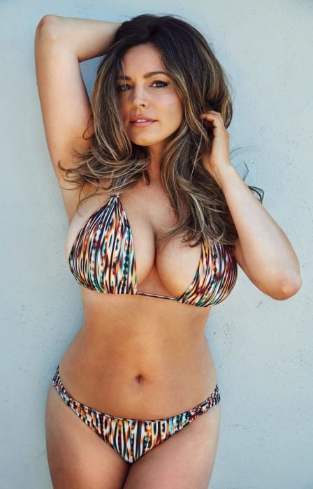 Kelly Brook en bikini