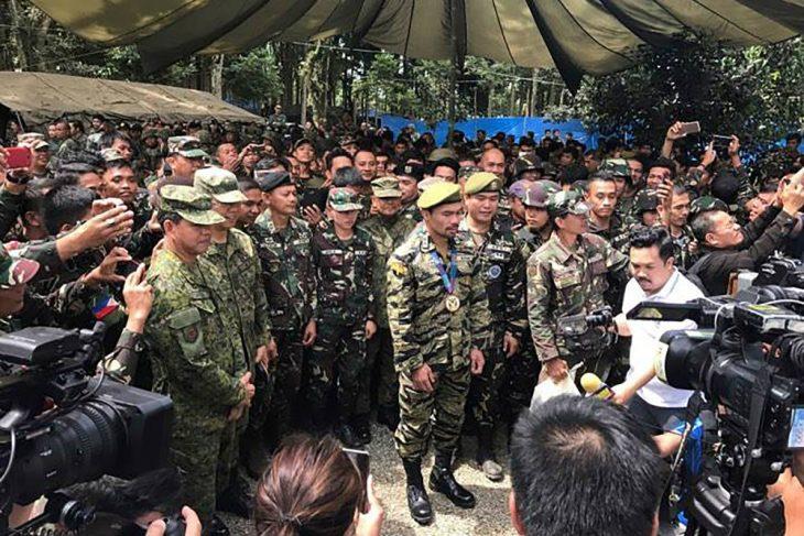 Manny Pacquiao teniente coronel