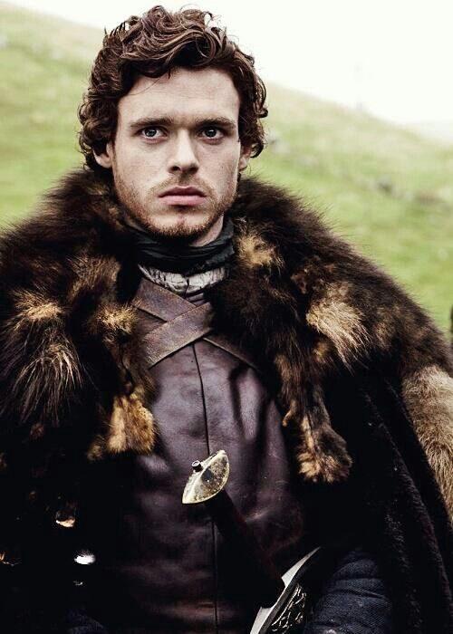 Robb Stark con abrigo