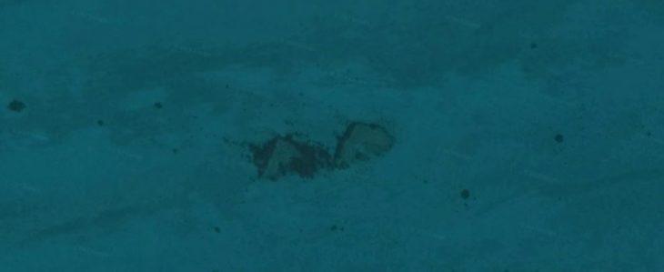 pirámides en el fondo del mar