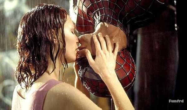 spider man beso