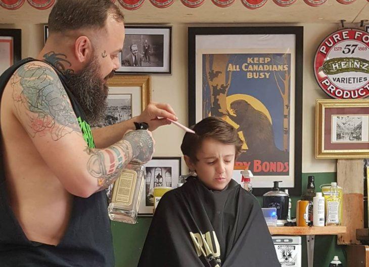 fotos niño autismo cortar cabello 2