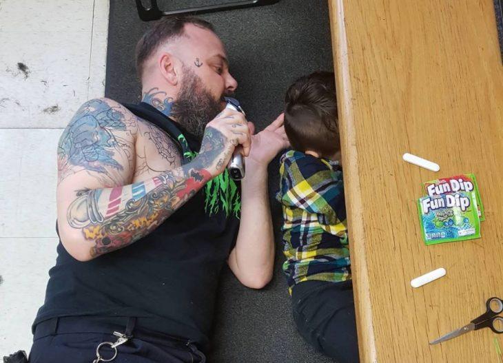 fotos niño autismo cortar cabello 3