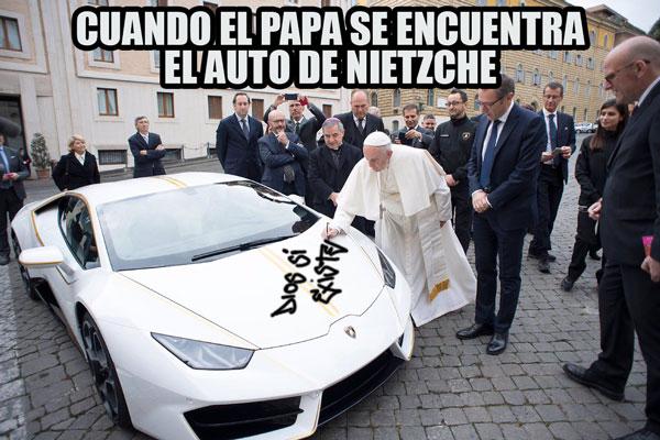 Papa en Batalla de Photoshop