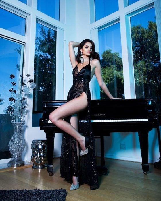 Mahlagha Jaberi, modelo iraní