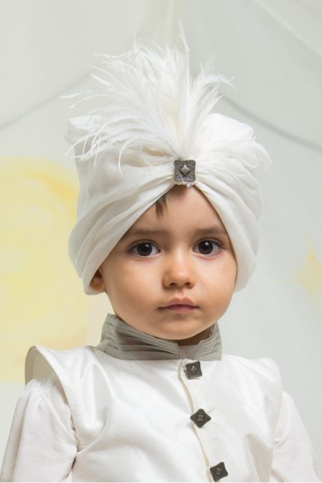 Niño con turbante