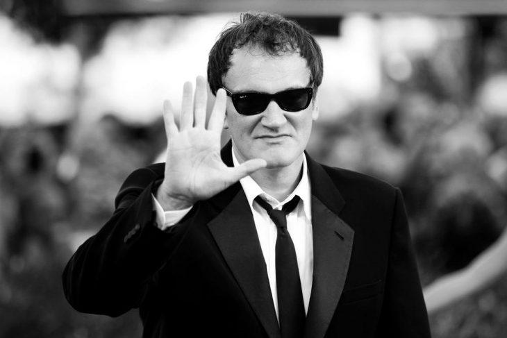 Quentin Tarantino saluda
