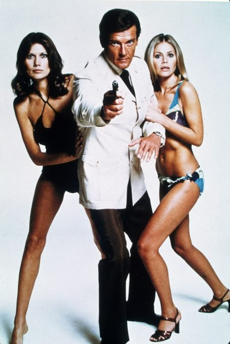 Sir roger moore james bond