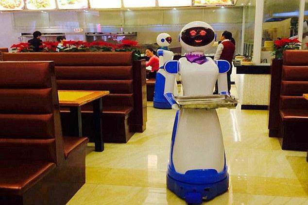 mesero robot