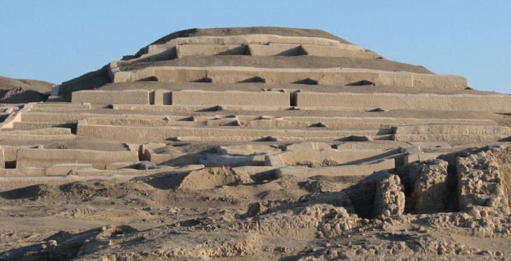 Pirámide de Cahuachi