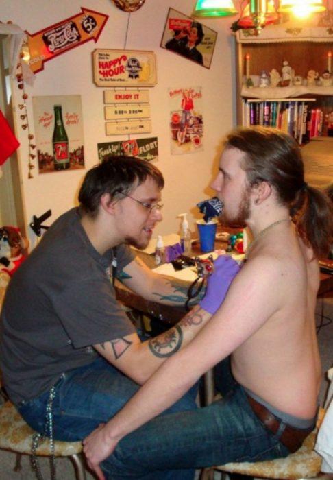 El peor tatuador