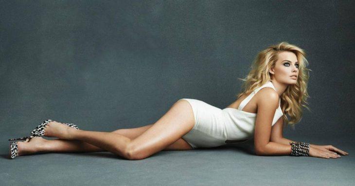 Margot Robbie traje de baño