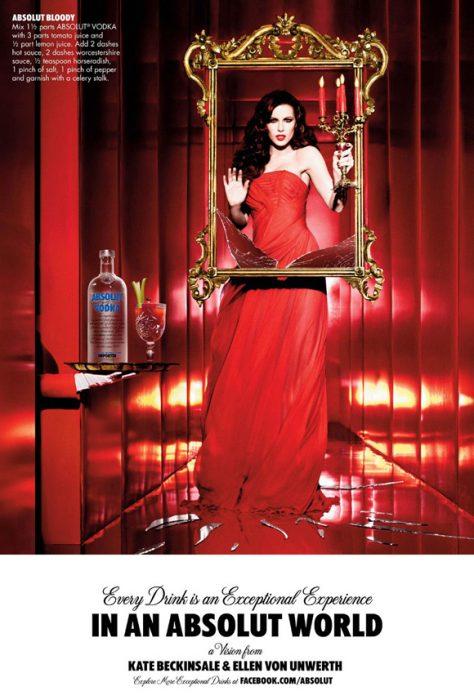 Kate Beckinsale en comercial