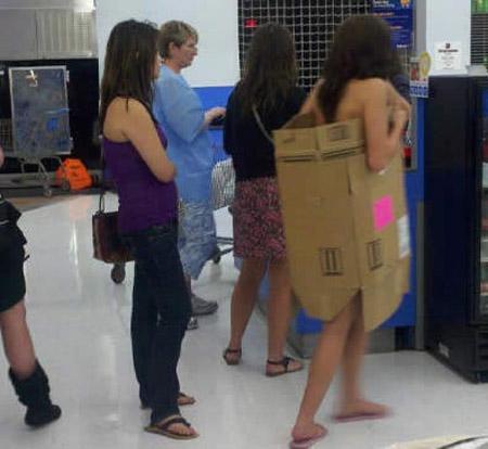 Gente rara en centros comerciales