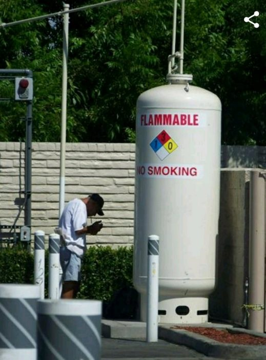 tanque de gas flamable