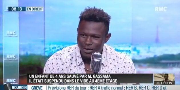 Mamoudou Gassama en la televisión