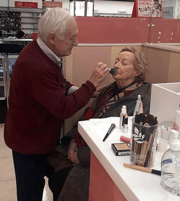 Des y Moana en maquillaje