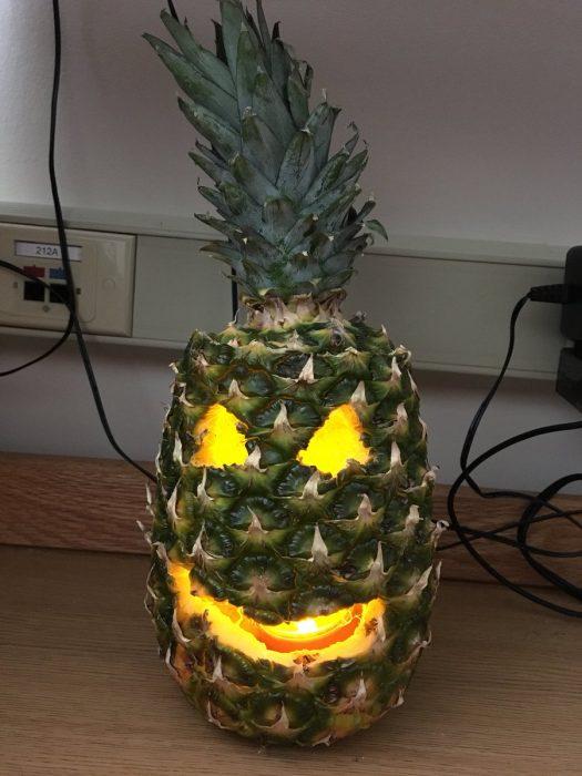 piña halloween