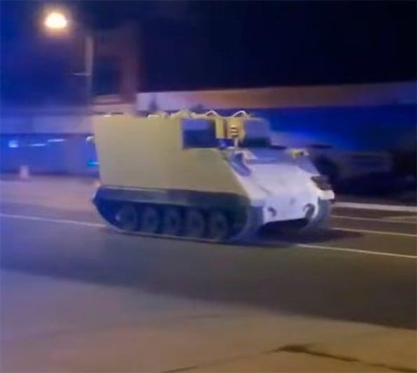 Tanque en la calle