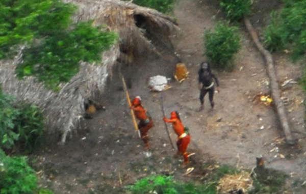 sobreviviente tribu amazonas