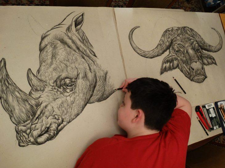 Dušan Krtolica dibujo rinoceronte