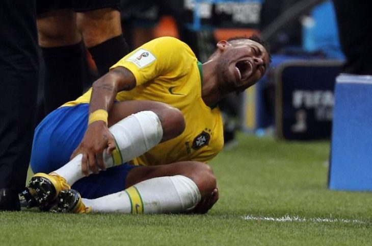 Neymar se queja
