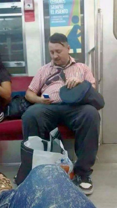 hitler en el metro