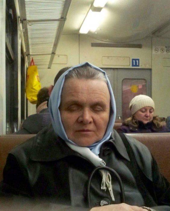 silencio de los inocentes en el metro