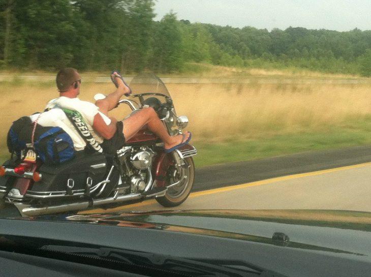 hombres viven menos motocicleta