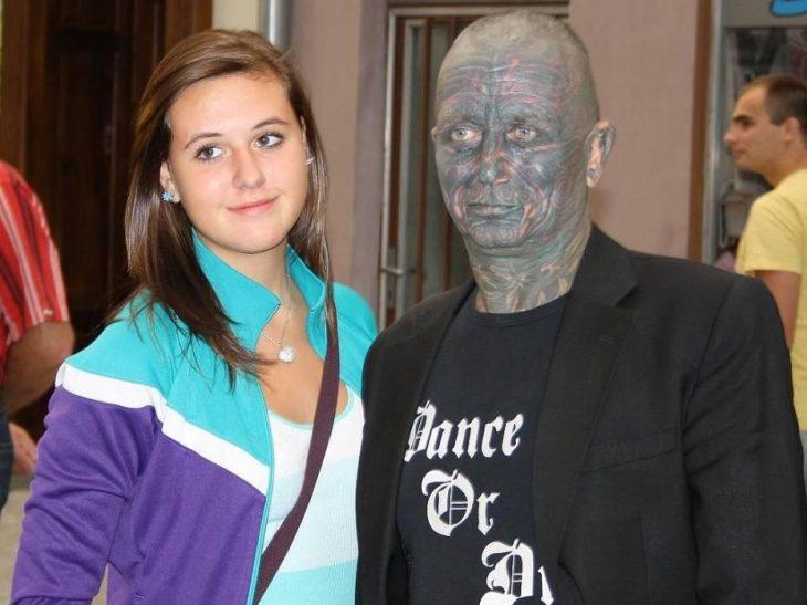 Vladimir Franz y una joven