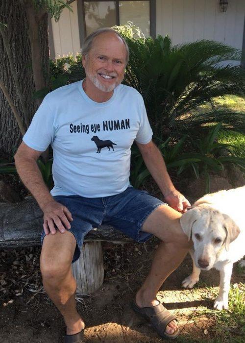 humano guía perro ciego