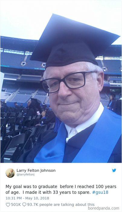 abuelo graduación