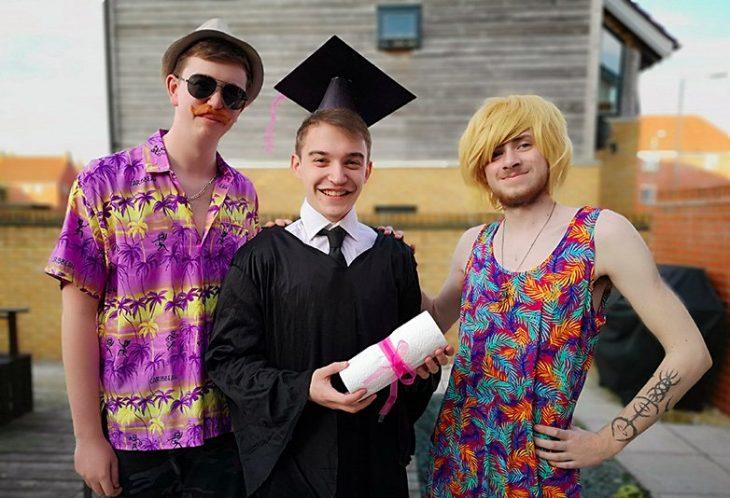 graduación amigos disfraz mama papa