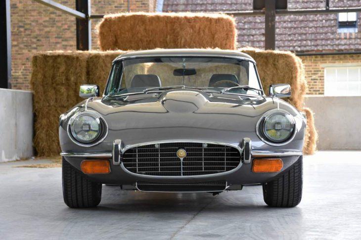 Jaguar E-Type V12 frontal