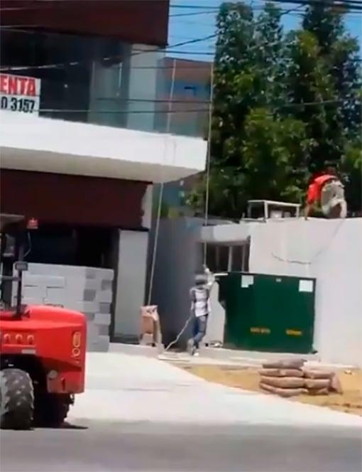 Albañiles en construcción