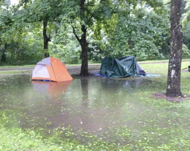 peor día campamento