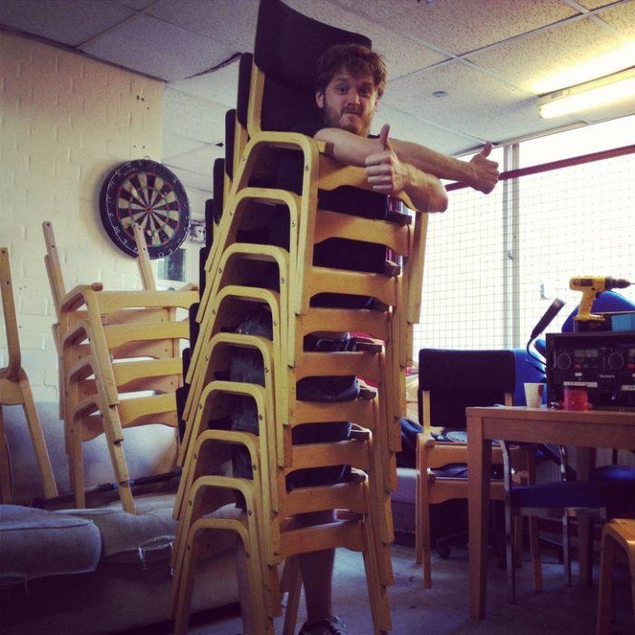 Tiempo libre en oficina sillas