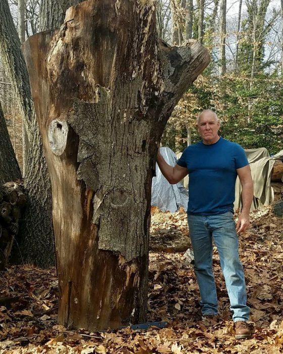 Hombre con tronco
