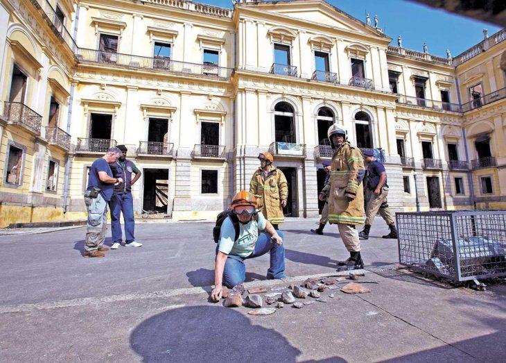 Museo Nacional de Brasil bomberos