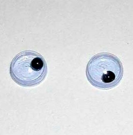 Ojos de plástico