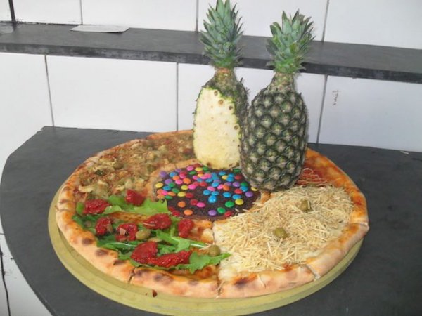 pizza piña