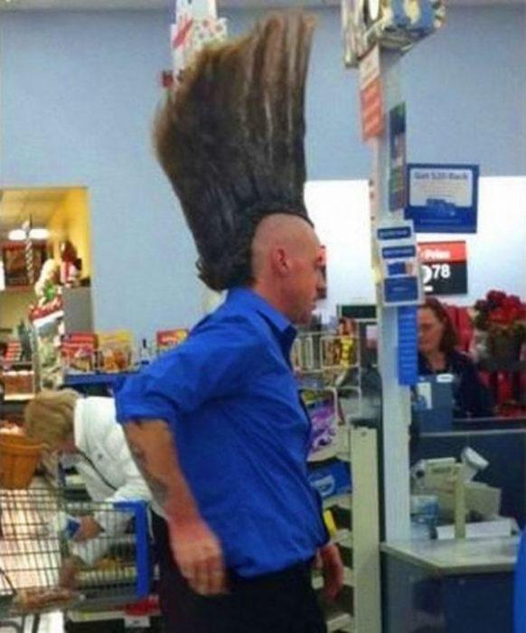 Personas tontas peinado