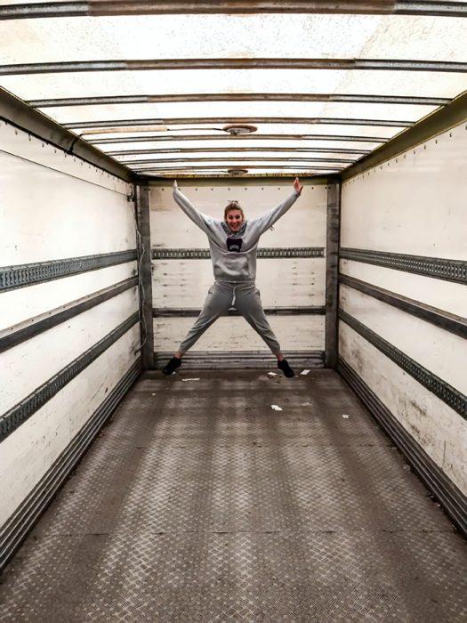 Dentro de camión