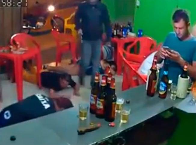 Asalto en bar