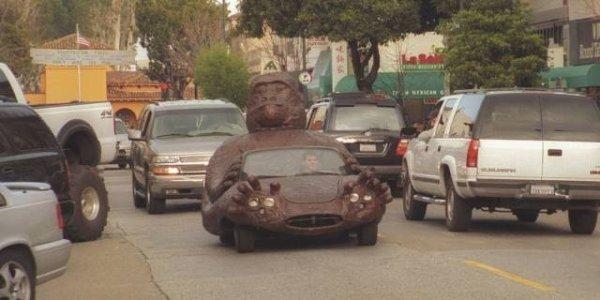 autos feos buda