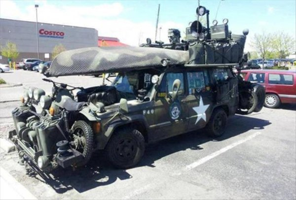 autos feos tanque